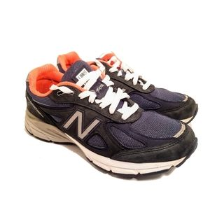 New Balance W990NV4 Low Top Sneakers